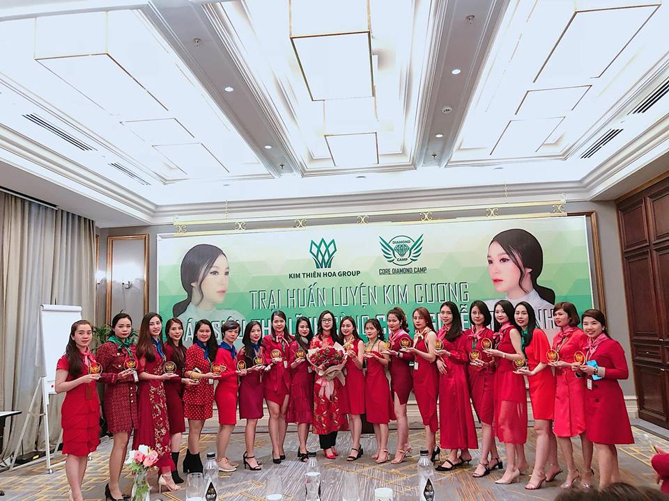 Hà Lương- Bông hồng bản lĩnh của Kim Thiên Hoa